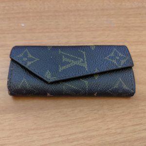 Louis Vuitton Key Holder/Wallet #333***